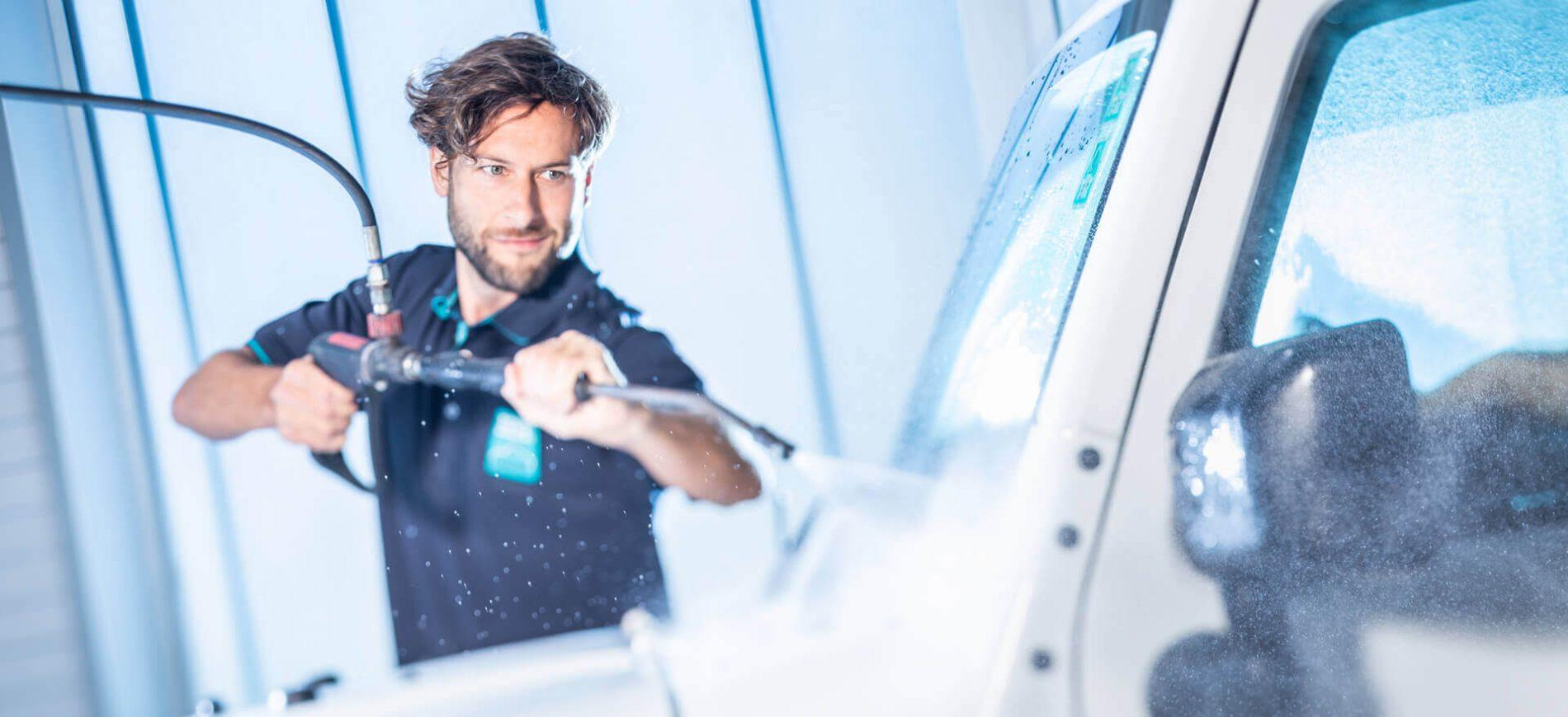 windschutzscheibe-reinigen-best-carwash